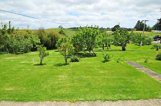 Wayby, New Zealand: Mini Orchard