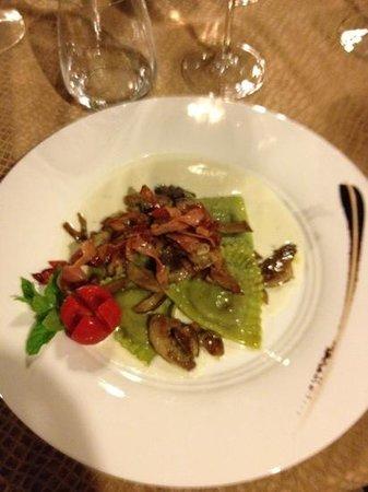Osteria Belvedere Restaurant