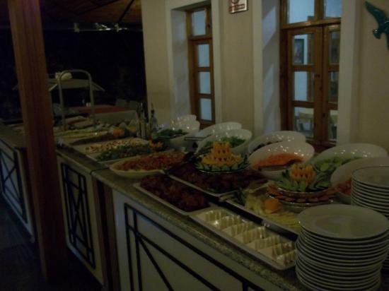 Perdikia Beach: Evening meal.
