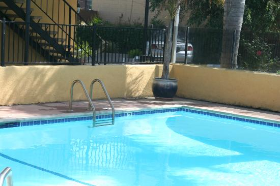 Lotus of Lompoc - A Great Hospitality Inn: piscine