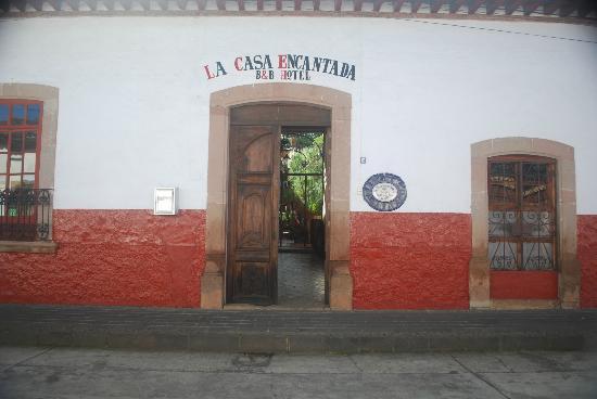 Hotel Casa Encantada: Entrance