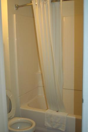 Motel 6 San Luis Obispo South: Salle de bain