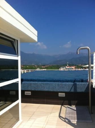 Hotel Bracciotti: piscina sul tetto