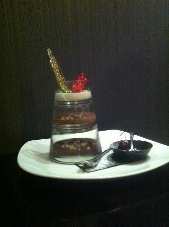 Moda Italian Restaurant: Triple mousse pudding
