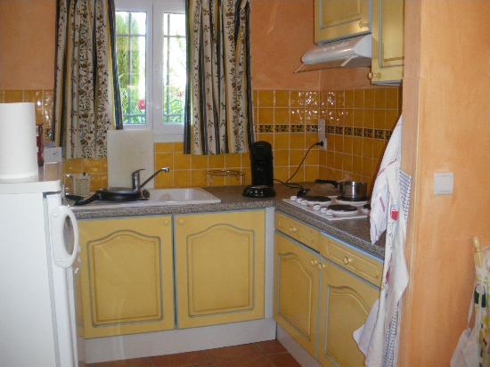 Apartamentos Maeva Club Mazets: Küchenbereich