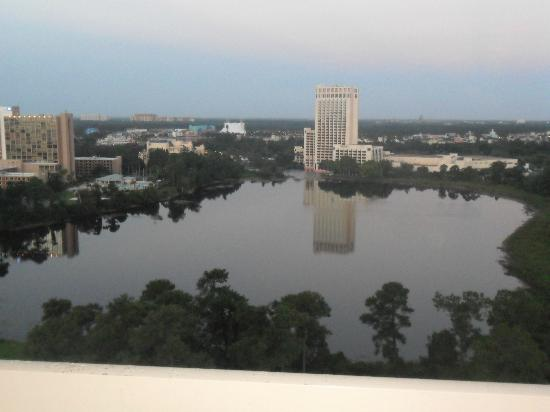 Best Western Lake Buena Vista - Disney Springs Resort Area: View from the hotel room on the 17th floor AMAZING