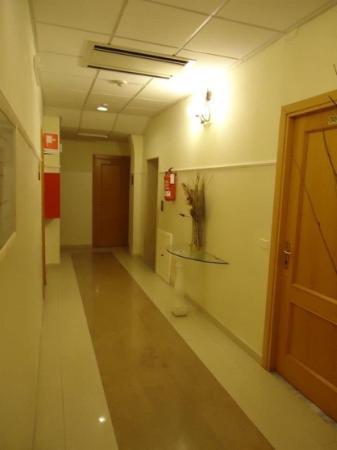 Hotel Parker: couloir de l'hôtel
