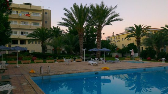 """View from our """"open air bed"""" towards the Marion Hotel"""
