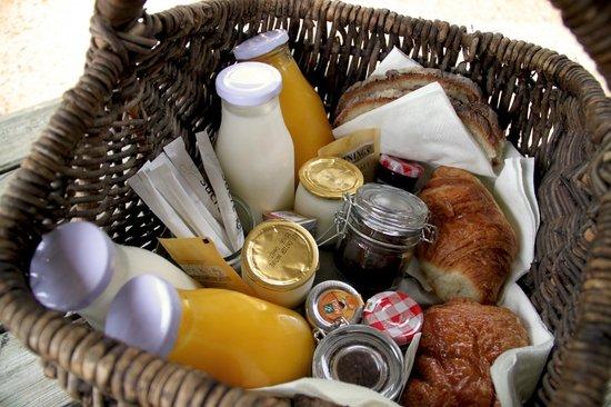 Les Cabanes de Jeanne : Le petit déjeuner est servi
