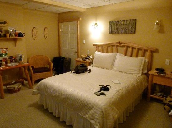 Bed in Bear's Den