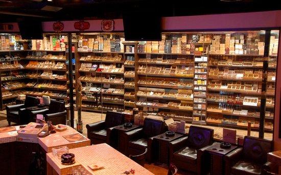Fox Cigar Bar Gilbert Restaurant Reviews Amp Photos