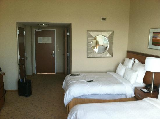 Renaissance Schaumburg Convention Center Hotel: View from inside