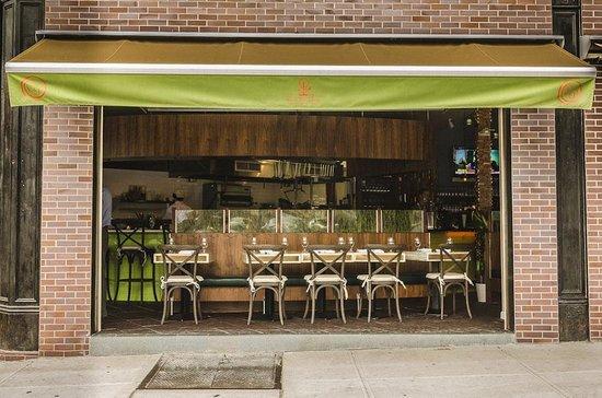 Restaurants Near Fairfield Inn Brooklyn Ny