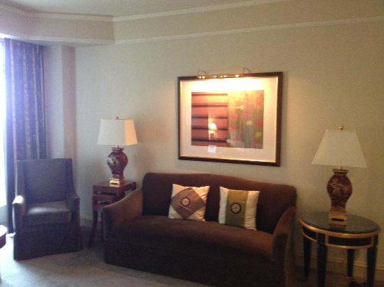 Mandarin Oriental, Washington DC: Seating in room