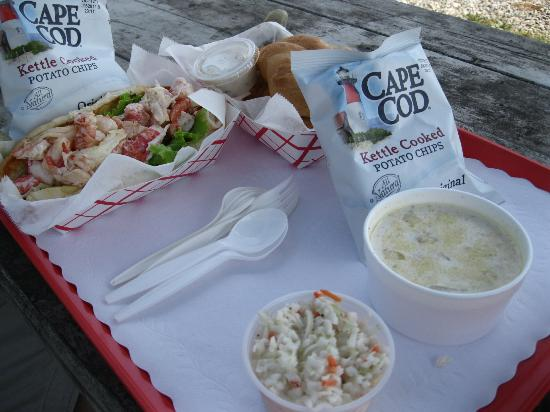 Pemaquid Fisherman's Co-Op: LUNCH!