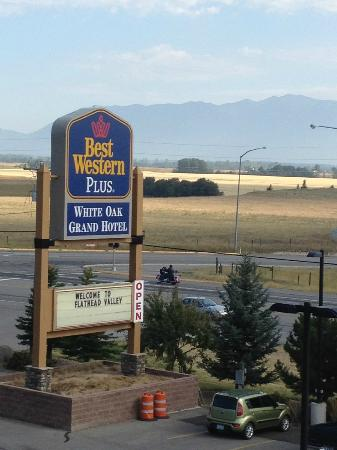 Best Western Plus Flathead Lake Inn and Suites : View from the room