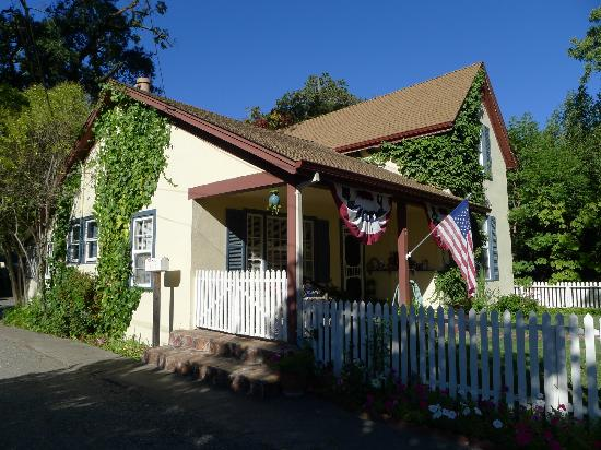Washington Street Lodging, Calistoga, CA