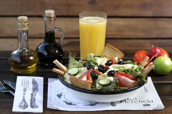 La Herencia : Variedad de ensaladas
