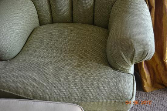 Sunrise Beach Resort: stains on the armchair