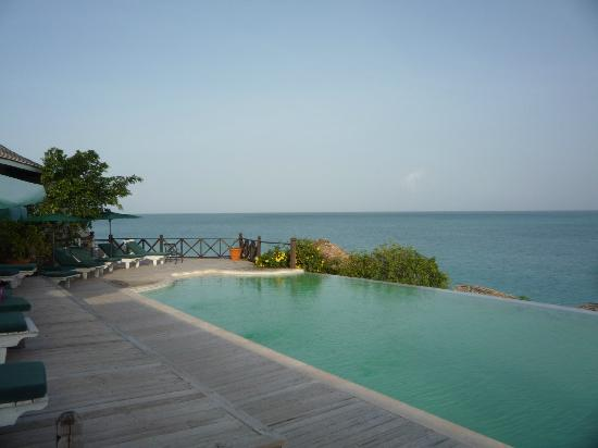Cocobay Resort: the upper pool ...i love this view!!