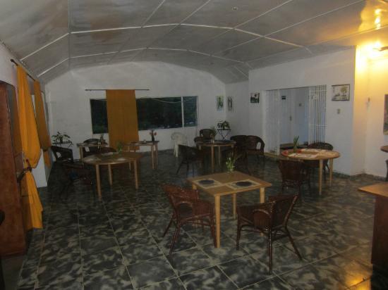 San San Tropez Villa-Hotel: Dining area