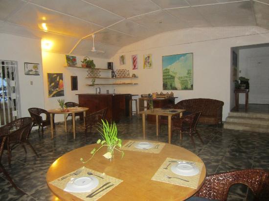 San San Tropez Villa-Hotel: Dining