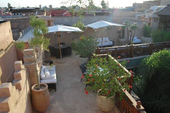 Riad Flam: solárium, terraza