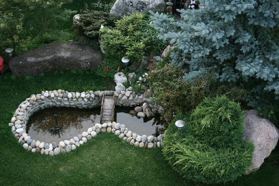Hotel Fior Di Bosco: Un angolo del giardino