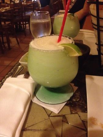 Cancun Restaurant : big size フローズンマルガリータ