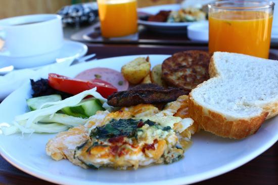 Esans Hotel: 朝食
