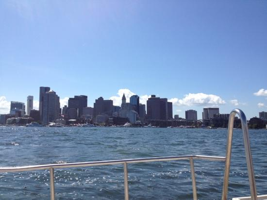 Constitution Inn: boston harbour from water taxi