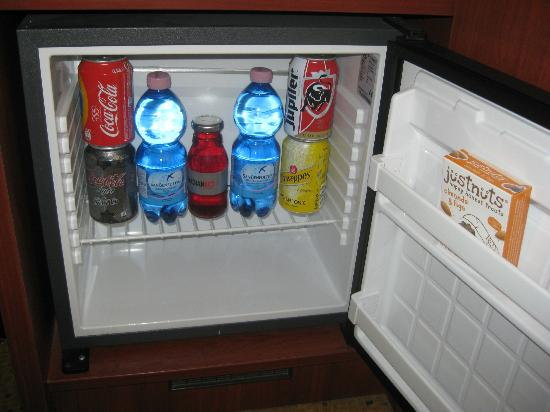 Banks Mansion: free mini-bar in room - stocked daily