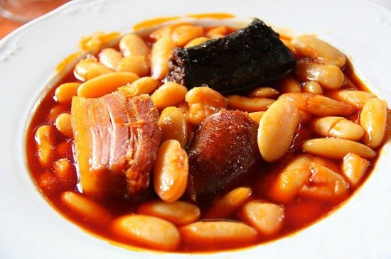 La Finca Espanola: El plato estella de La Finca Española es La Fabada Asturiana, la mejor que probé en todo México