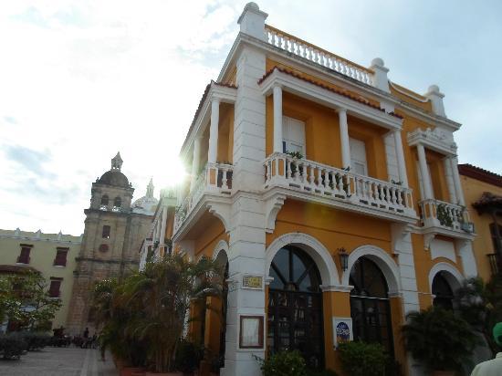 Decameron Cartagena: Restaurante San Pedro en el centro historico