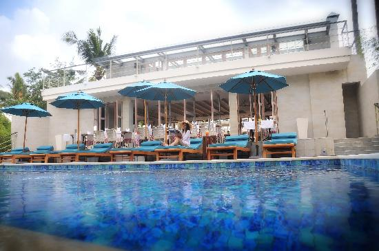 TAO Beach House and Rooftop Bar: TAO Beach House & Rooftop Bar Infinity Pool with beach view.
