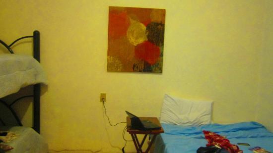 Hostal del Mercado: cama matrimonial