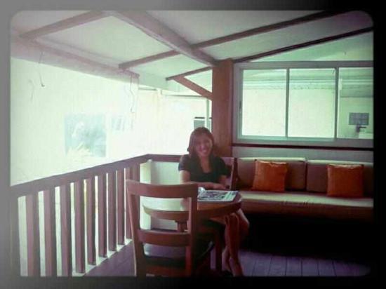 โจนี บีช รีสอร์ท: Its good to wake up in Boracay!