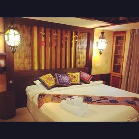Jang Muang Gallery: room in 3rd floor
