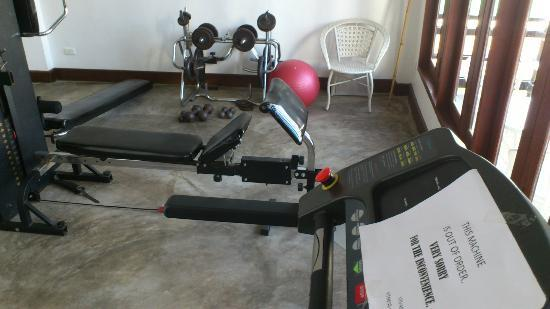 Best Western Vientiane Hotel: gym: old equipment and out of order