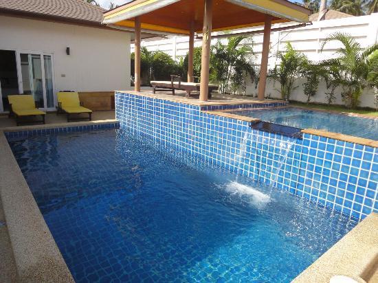 Tamarind Villas Phuket : The waterfall
