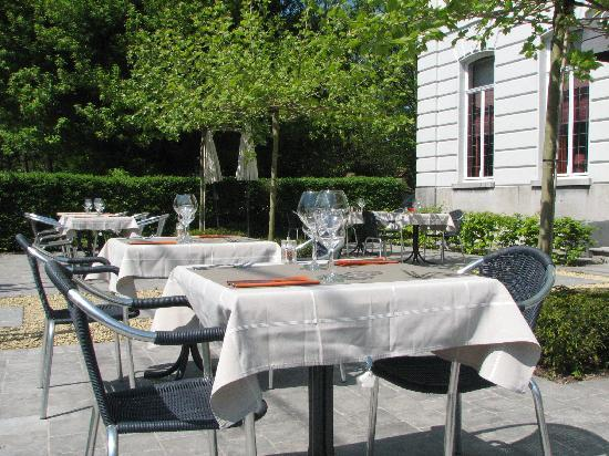 Chateaubriand : Terrace