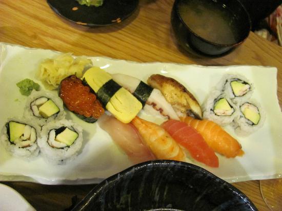 Toku Restaurant: Nice sushi plate