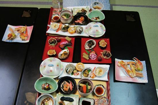 Miyakoya: 豪華夕食の宴