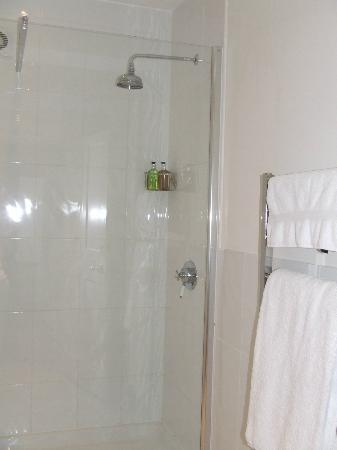 Grove Farm House: Big Shower - Plenty Of Hot Water