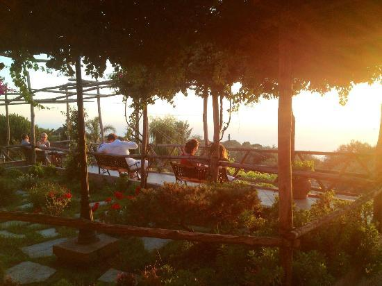 Hotel Il Girasole: Sunset Time