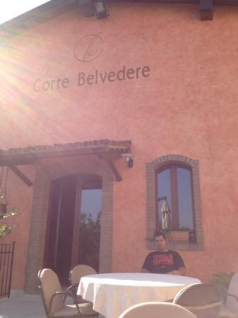 Corte Belvedere: esterno veranda