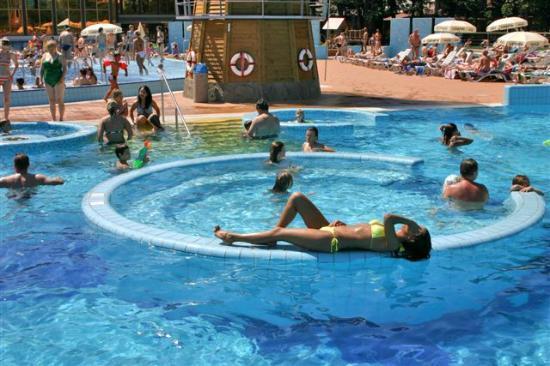 Laguna swimming pools - free for Birokrat Hotel guests