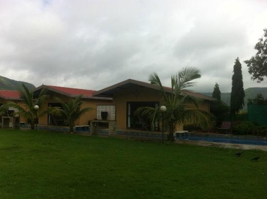 Treasure Island Resorts : Lagoon Villa