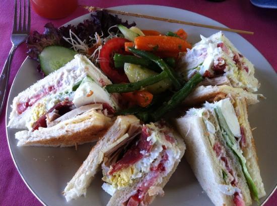 Warung Dhea, Jatiluwih: The Club Sandwich.