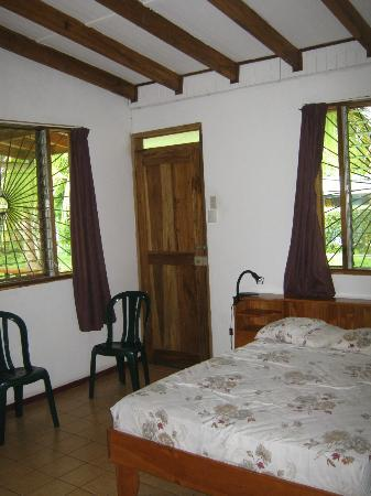 Cabinas Caribe Luna: our room